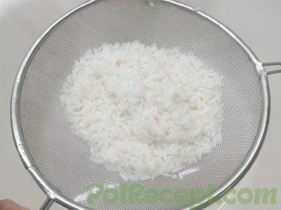 рис на дуршлаге