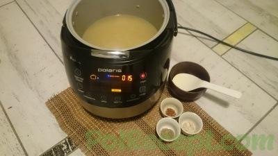 мультиварка с рисом и специями