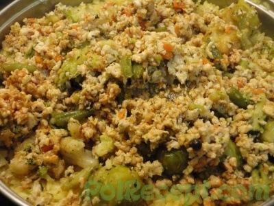 рис с овощами и фаршем