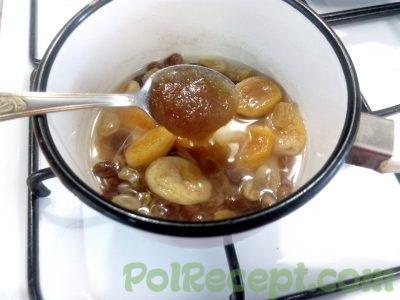 сухофрукты с медом и сахаром