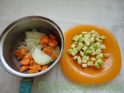 очищенные и нарезанные овощи