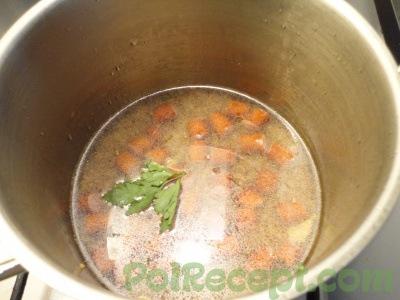 колбаске с гречкой с водой