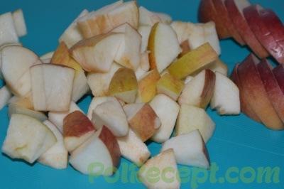 яблоки на доске
