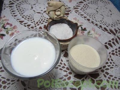 манная крупа, молоко и соль